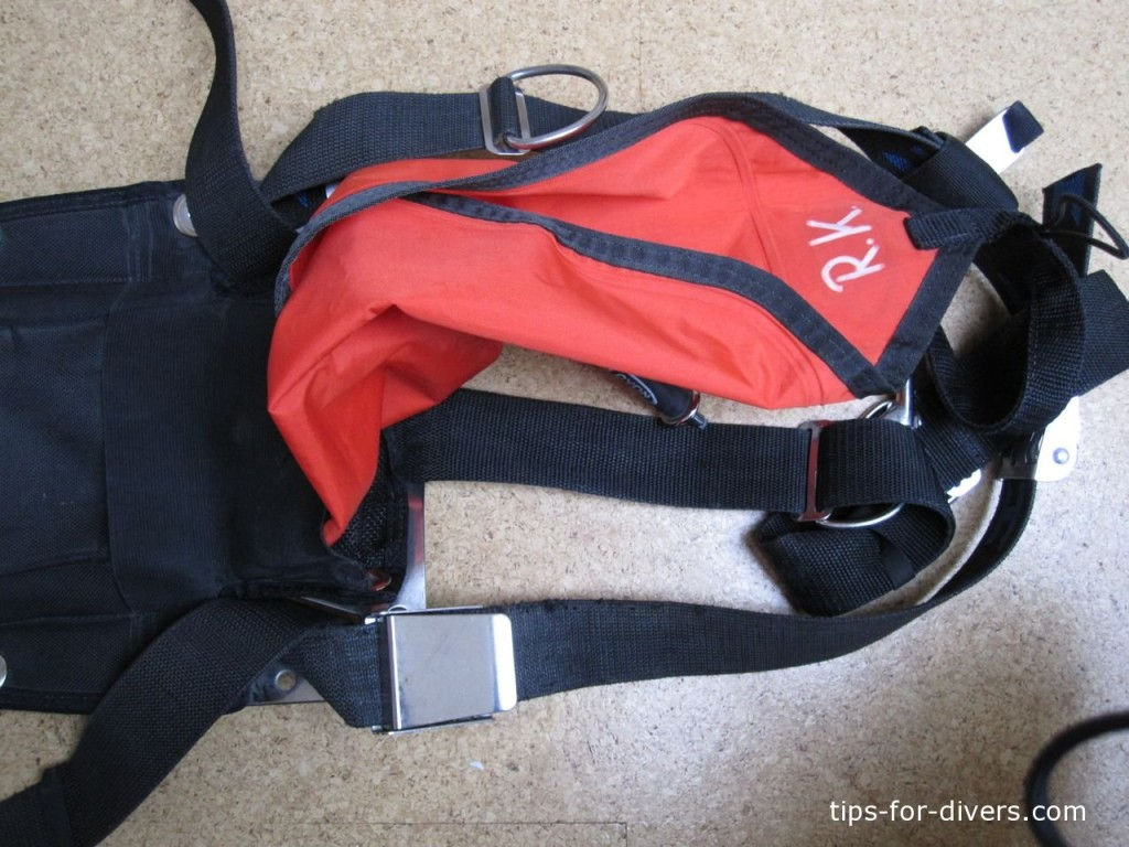 How to pull out lift bag while diving